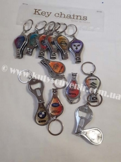 Брелок для ключей с изображением марки авто
