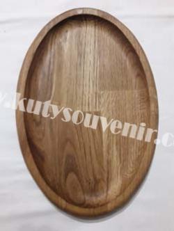 Деревянная тарелка для подачи еды