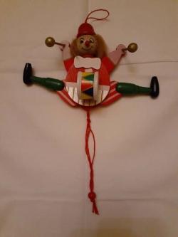 Деревянная марионетка клоун