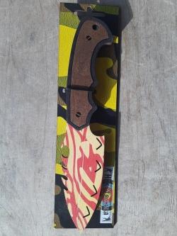 Охотничий нож Красный Деревянный