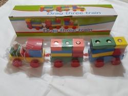 Деревянный поезд