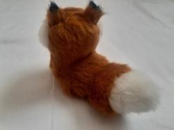 Статуэтка лисичка