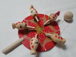 Сувенирной петушок игрушка