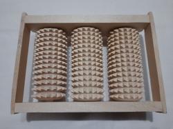 Массажер для ног деревянной на три ролика