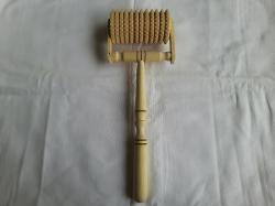 Ручной массажер деревянный, роликовый с ручной