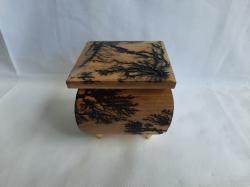 Шкатулка деревянная 7.5х7.5 см
