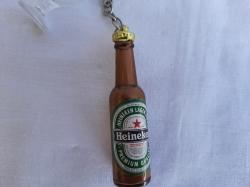 Брелок бутылка из бокалом