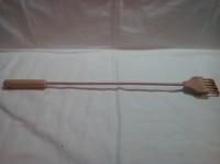 Чесалка для спины деревянная