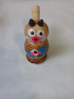 Детский свисток деревянной