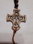 Четки деревянная из крестом и шнуром